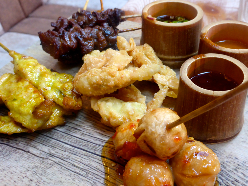 Ryan's sharing platter, consisting of pork & chicken skewers, chicken balls and crispy wantons.