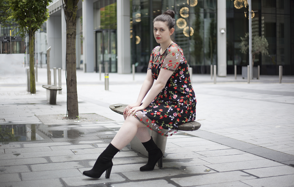 Jess Wilby wearing Dorothy Perkins in Manchester Spinningfields for Philocalist.co.uk